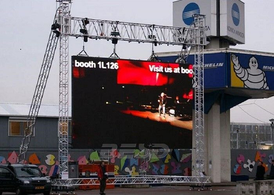 China Water Resistant Outdoor Rental LED Display 10.416MM 500*1000mm Cabinet Size factory